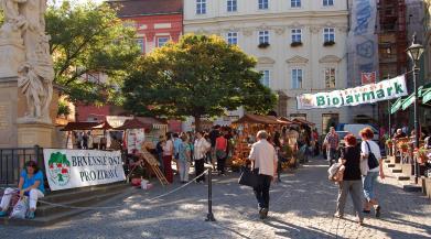 Brněnský biojarmark se vrací na Zelný trh
